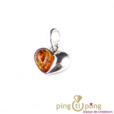 Pendentif ambre et argent en forme de coeur de marque Balticambre