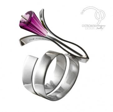 Bague petite lily en argent et Swarovski améthiste de Ostrowski Design