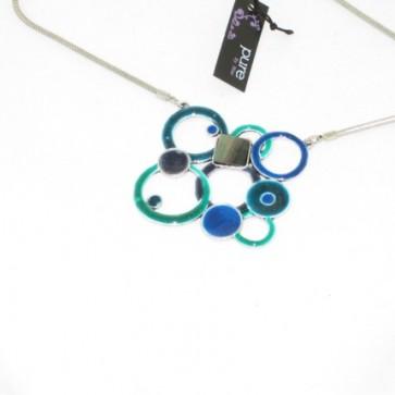 Collier émail et nacre, pendentif ronds et carrés vert et bleu