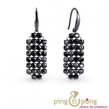 Boucles d'oreilles pendantes en strass noir de Swarovski
