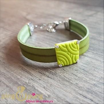 Bracelet cuir et motif trapèze vert de PASTACUITA