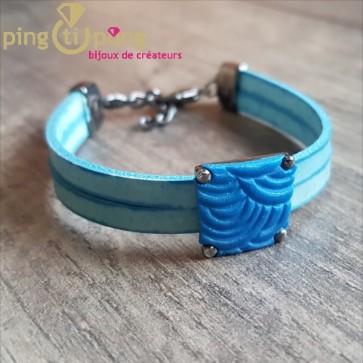 Bracelet PASTACUITA en cuir et trapèze de fimo bleu