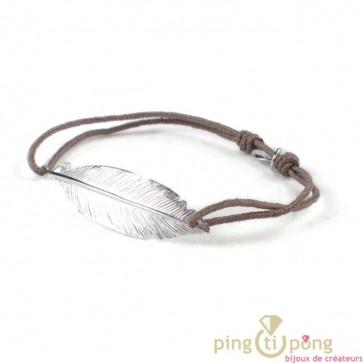 regard détaillé 84b0f 72df3 Bijou plume taupe - Bracelet argent femme - L'AVARE bijoux