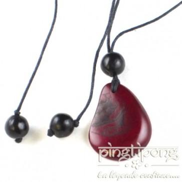 Collier équitable original Conche en tagua rouge