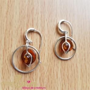 """Boucles d'oreilles """"solaires"""" en perles d'ambre cerclées d'argent"""