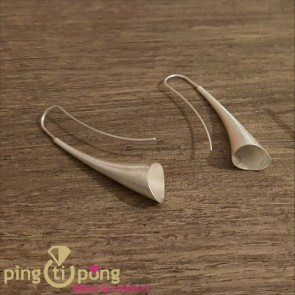 Boucles d'oreilles Trompettes en Argent du créateur Kelim Design