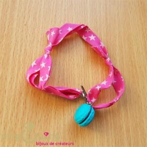 Bracelet  macaron bleu fourré chocolat - Miss Bonbon