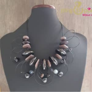 Collier boucles noires Pingtipong
