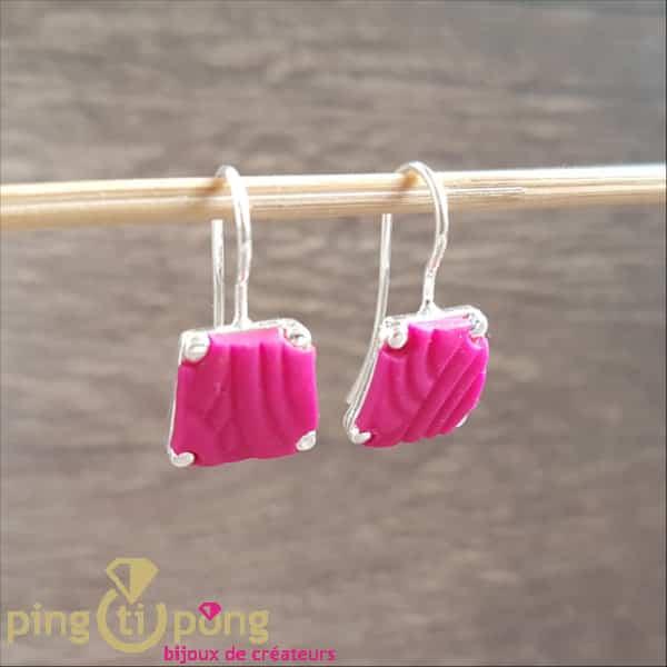 Bijoux fantaisie : Boucles argent trapeze rose de PASTACUITA
