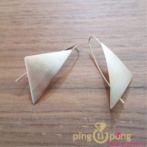 "Sterling Silver earrings ""sails"" by designer Kelim Design"