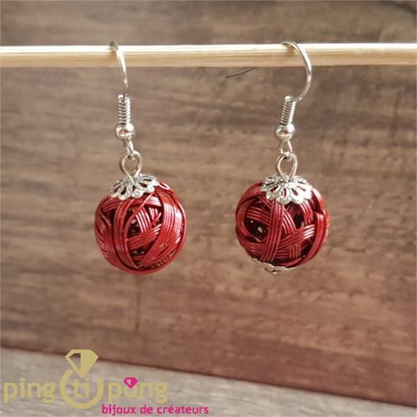 Bijoux fantaisie : Pelotes en métal vernis rouge Pingtipong