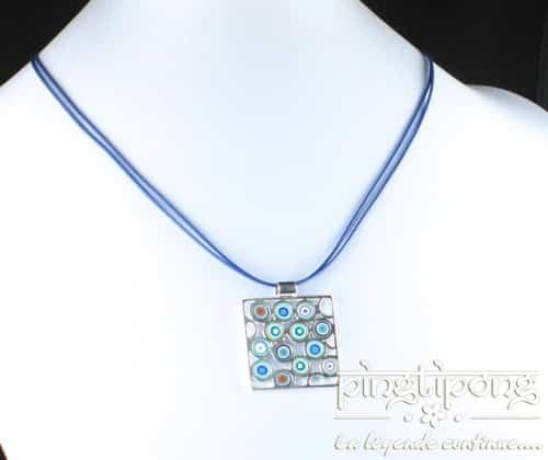 collier pastacuita psychédélique bleu