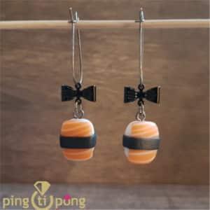 Bijoux gourmands : Boucles sushi noeud en pate fimo PINGTIPONG