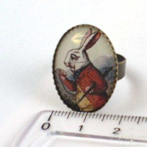 bague réglable le lapin dans Alice au pays des merveilles