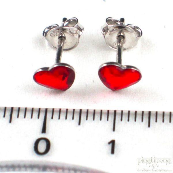 bijou spark boucle d'oreille puce en argent et swarovski en forme de coeur rouge rubis