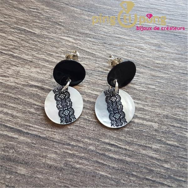 Bijoux artisanaux : Boucles dentelles en nacre noire et blanche de LA PETITE SARDINE