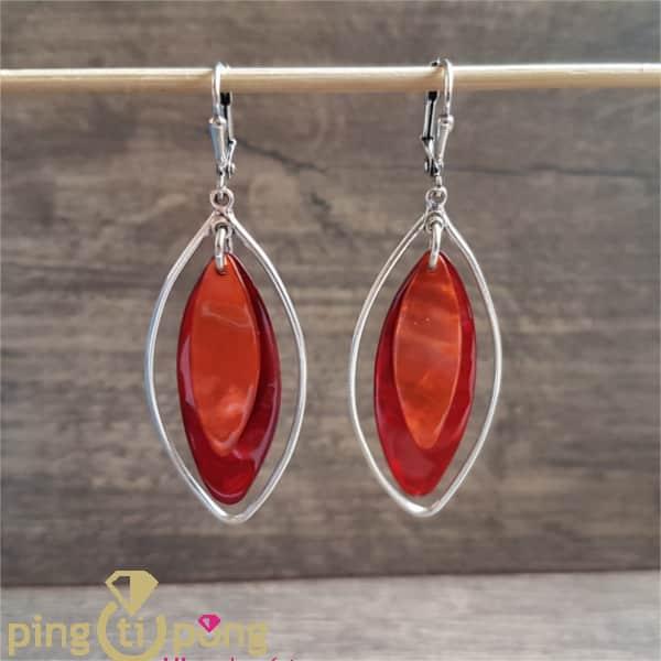 Bijoux originaux : Boucles ovales rouge en nacre LA PETITE SARDINE