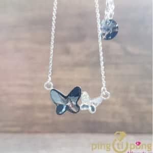 Bijoux animaux : Collier papillons gris en argent rhodié et cristaux de Swarovski de SPARK