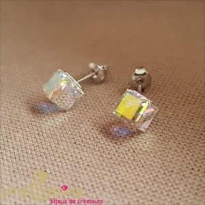 Bijou en Swarovski : Boucles cubes en cristaux de Swarovski aurore de SPARK