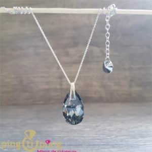 Bijou original : Collier en argent rhodié et larme noire en cristal de Swarovski de SPARK
