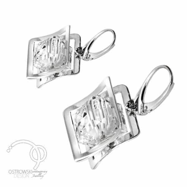 Boucles d'oreilles originales en argent et cristal de Swarovski blanc diamant de Ostrowski Design, collection XPLAY