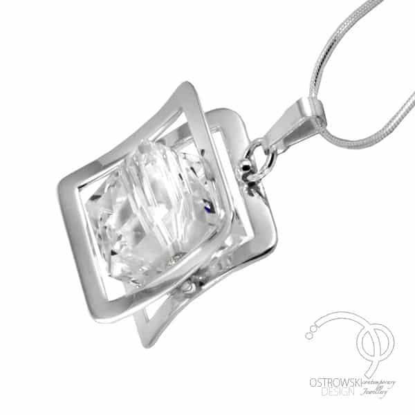 collier original en argent et swarovski de Ostrowski design blanc diamant, collection Xplay