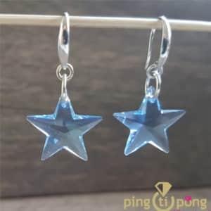 Swarovski elements : Boucles étoiles bleu en argent de SPARK