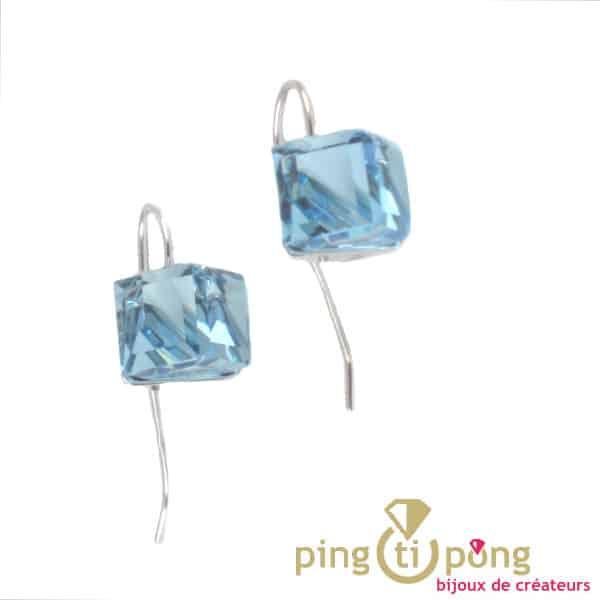 Boucles d'oreilles cubes bleu de SPARK
