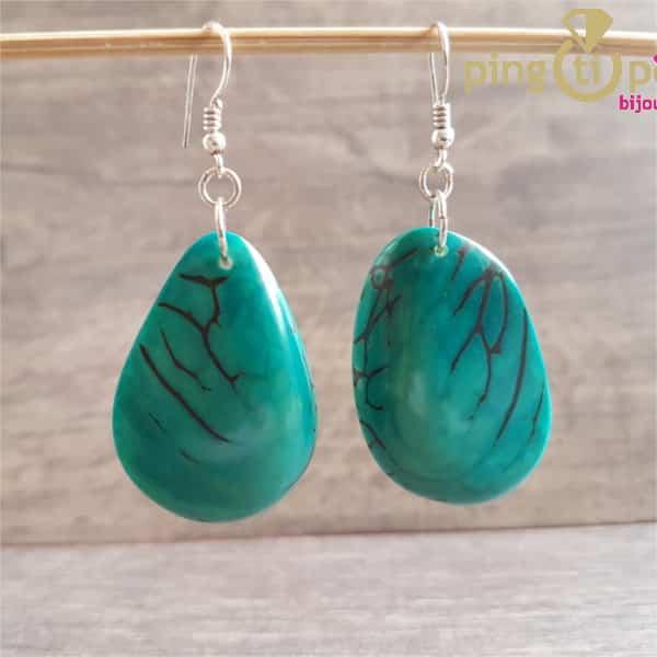 Bijoux nature : Boucles en noix de tagua turquoise de GREEN-AGE