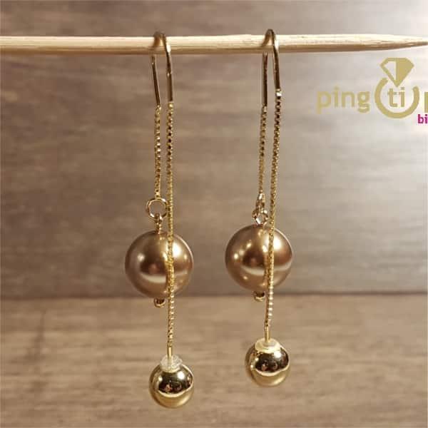 Bijoux en Swarovski® : Boucles en or et Swarovski® bronze de SPARK
