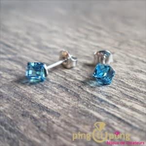 Bijoux en Swarovski : Boucles cubes bleu en cristal de Swarovski de SPARK