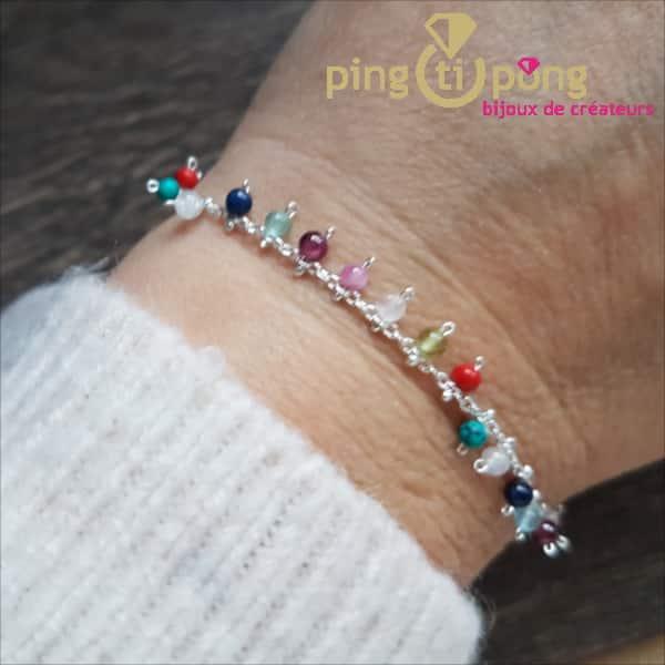 BIjou original : bracelet en argent rhodié et pampilles de pierres de CANYON