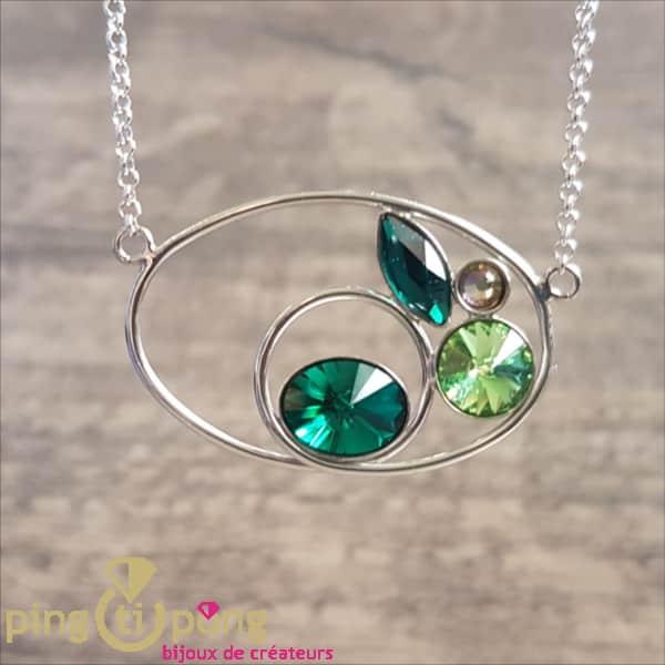 Bijou en Swarovski : Collier en argent et cristaux verts de SPARK
