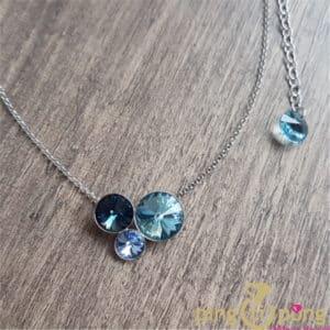 Bijou original : Collier en argent et cristaux bleu de SPARK